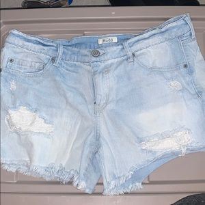 Never been worn mudd shorts